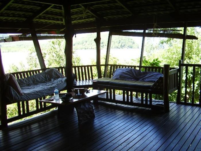 einmalige-terrasse-mit-schönem-ausblick-haus-mit-panorama