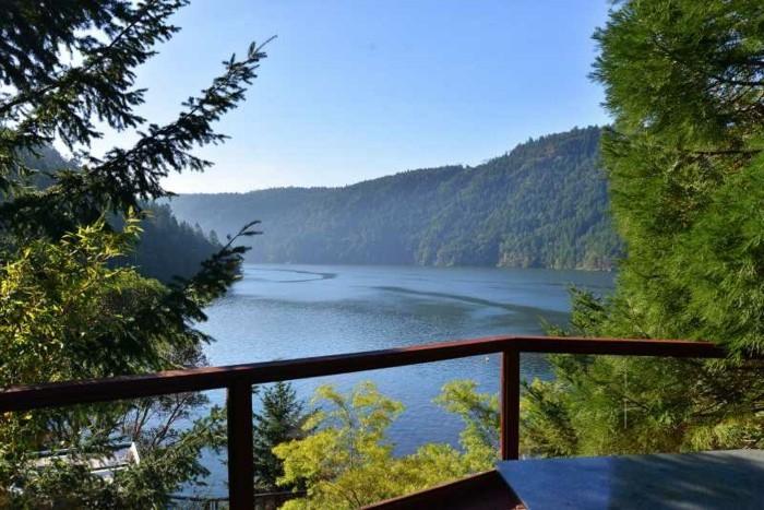einmalige-terrasse-mit-tollem-blick-beispiel-für-haus-mit-panorama