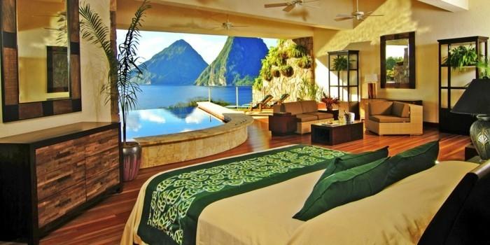 einmaliges-interieur-attraktives-schlafzimmer-im-panorama-haus