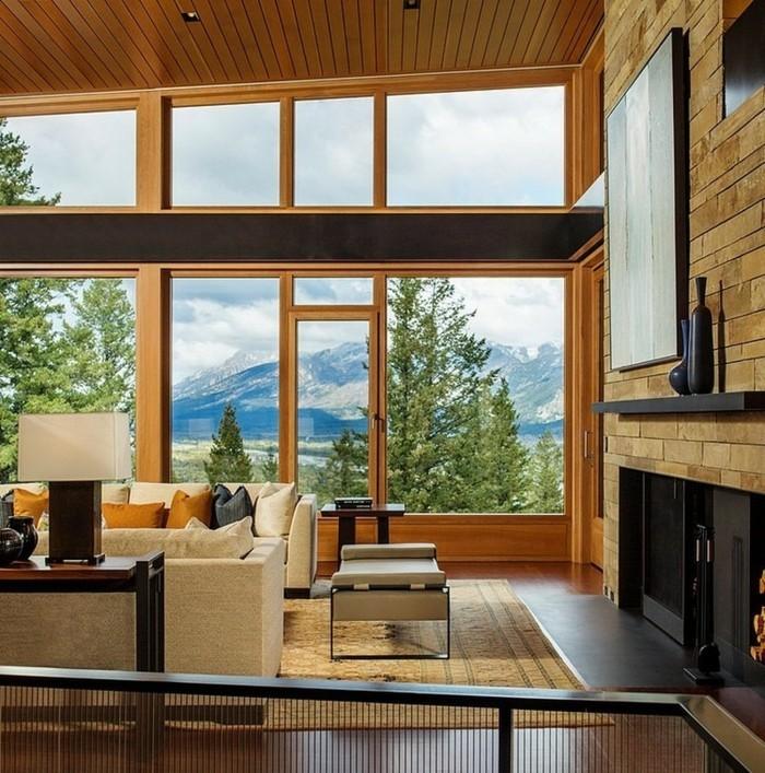 hohe-zimmerdecke-und-moderne-architektur-haus-mit-panorama