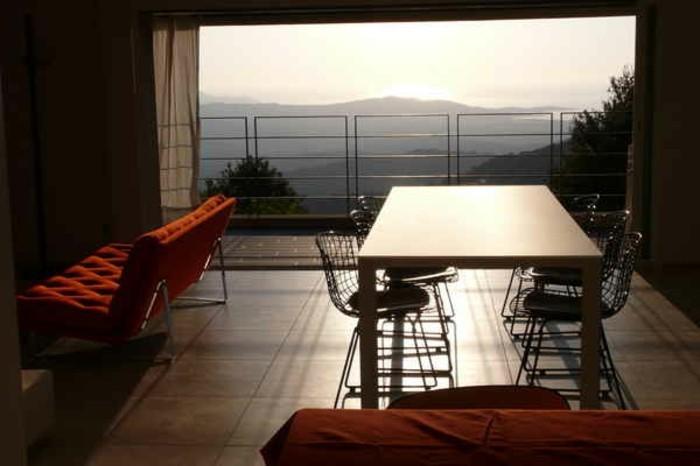 interessante-terrasse-mit-einem-unvergesslichen-ausblick