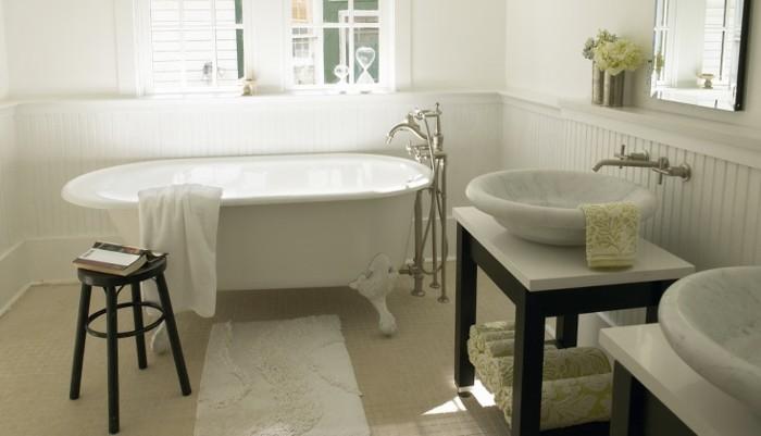 Ausgefallene Designideen Für Ein Landhaus Badezimmer - Archzine.net Badezimmer Landhausstil