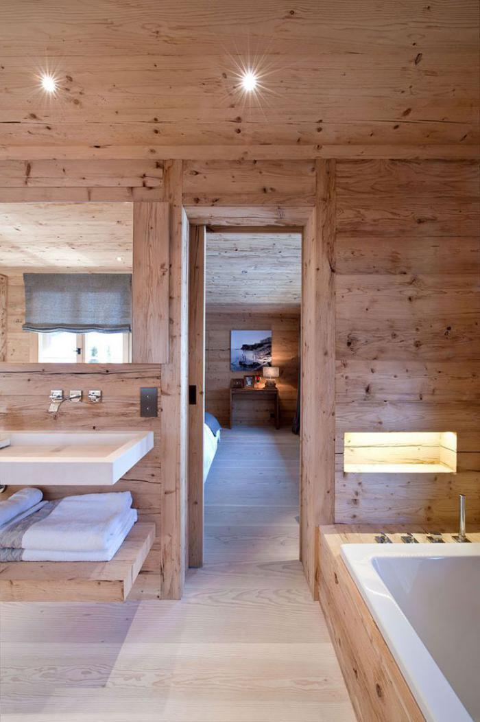 landhaus-badezimmer-aus-holz