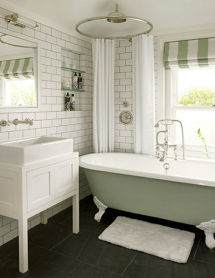 landhaus-badezimmer-fliesenbelag-jalousien-weiss-grün