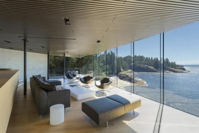 minimalistisches-weißes-design-von-haus-mit-panorama
