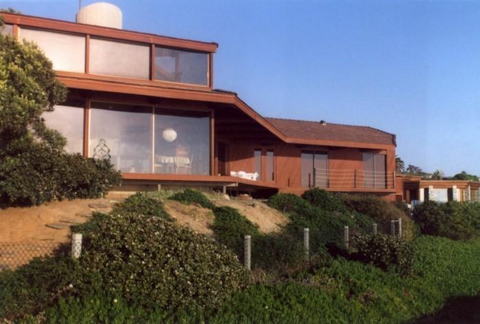 moderne-wohnungen-panorama-haus-in-braun
