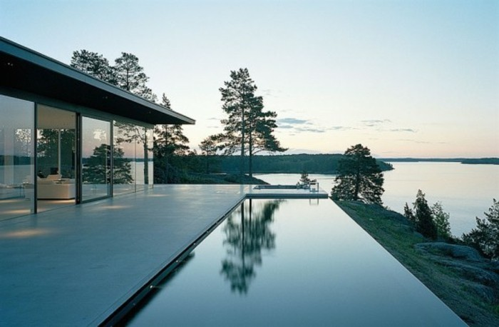 modernes-pooldesign-herrliches-haus-mit-panorama