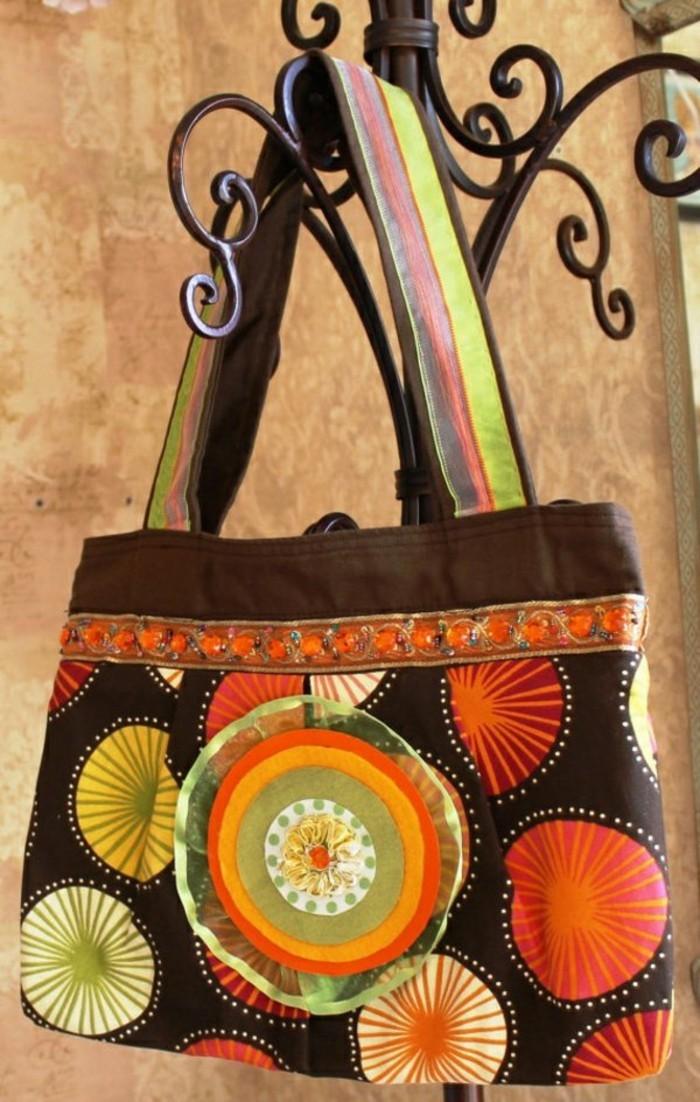 schöne-farben-handtasche