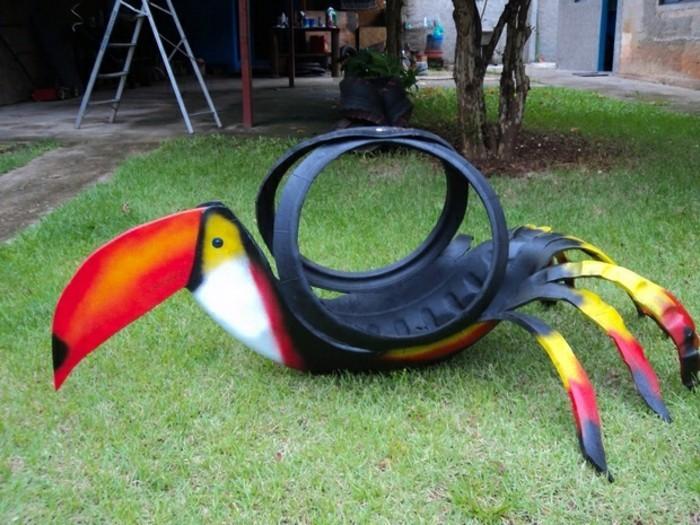 sehr-interessante-deko-für-garten-altreifen-recycling