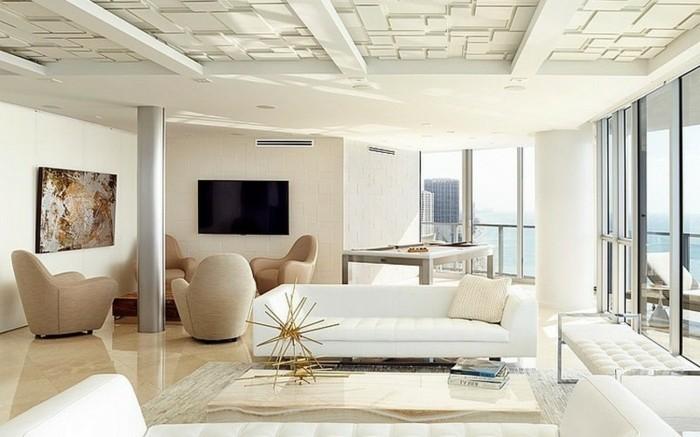 weißes-zimmer-mit-zeitgenössischen-möbeln-haus-mit-panorama
