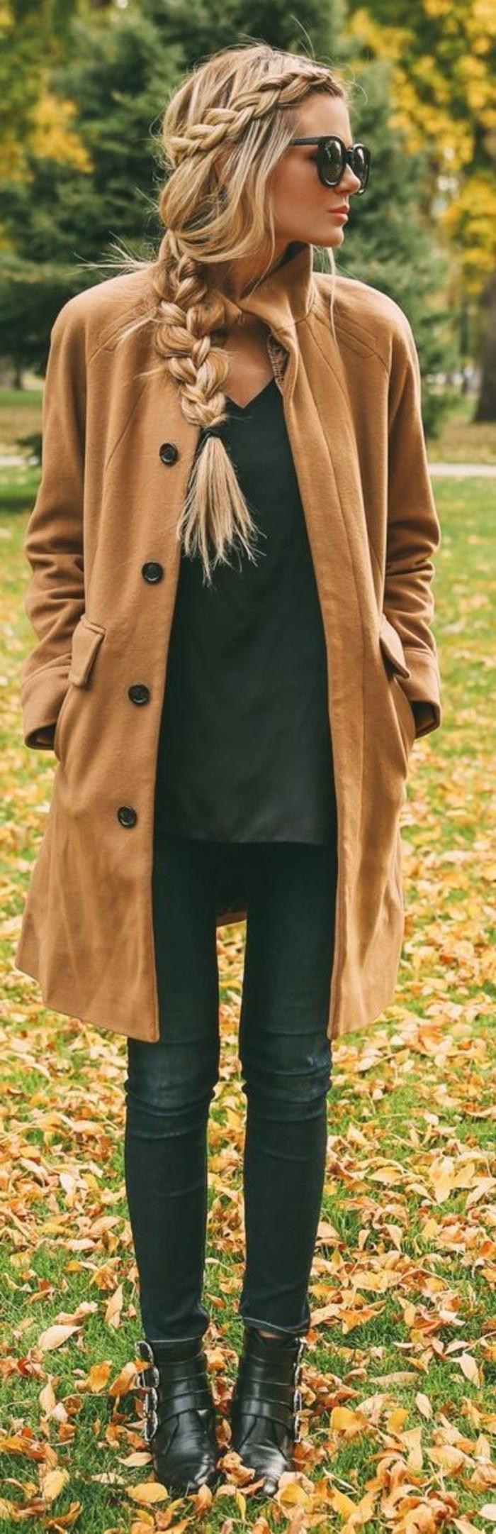 Alltagsfrisuren-für-lange-Haare-zu-Kleider-passend