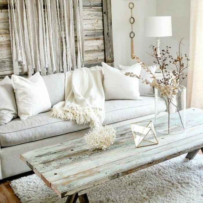 Altbau-einrichten-mit-altmödischen-Möbeln