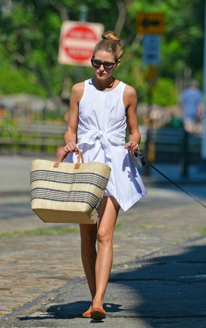 Ausgefallene-Handtaschen-groß-mit-kleinen-henkeln