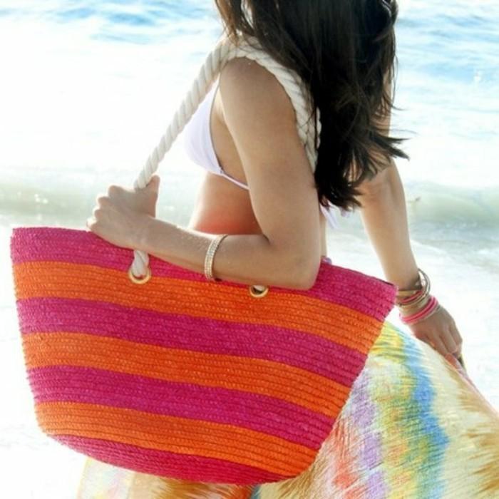 Ausgefallene-Handtaschen-rosa-orange-urlaub-ans-meer