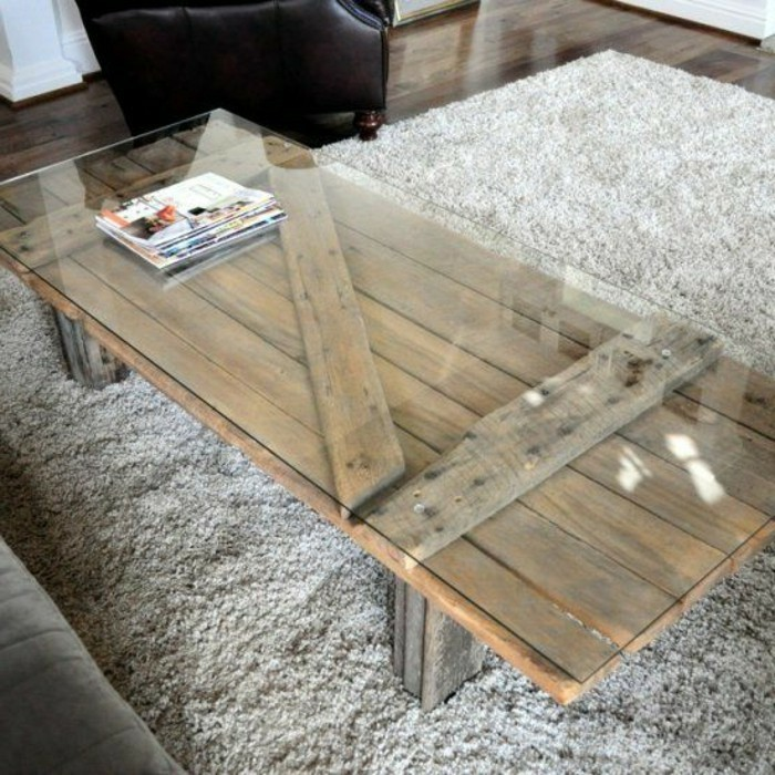 Couchtisch-selber-bauen-und-eine-glas-tischplatte