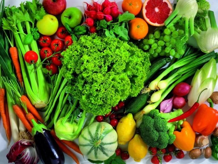 detox-entgiftung-gemüse-sellerie-fenchel-broccoli-grünsalat-paprika
