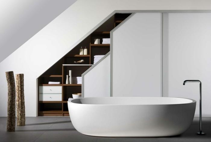 Einbauschrank-für-Dachschräge-freien Raum-optimal-ausnutzen-Einrichtungsideen-Badezimmer