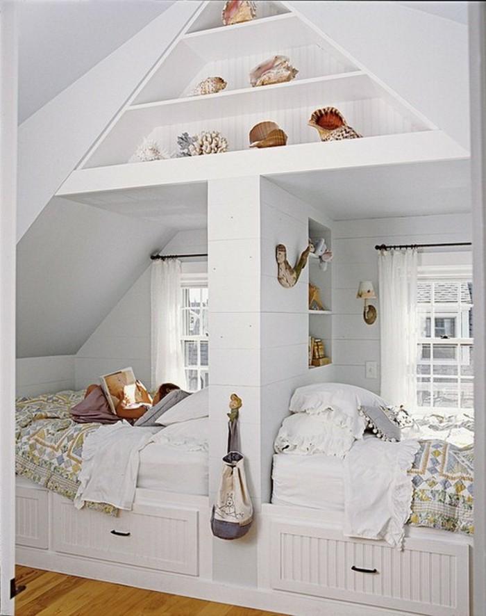 Einbauschrank-für-Dachschräge-freien Raum-optimal-ausnutzen-Einrichtungsideen-Regal-Ecke1
