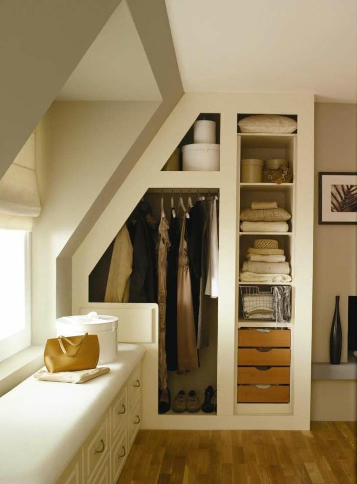 Einbauschrank-für-Dachschräge-freien Raum-optimal-ausnutzen-Einrichtungsideen-Regal11