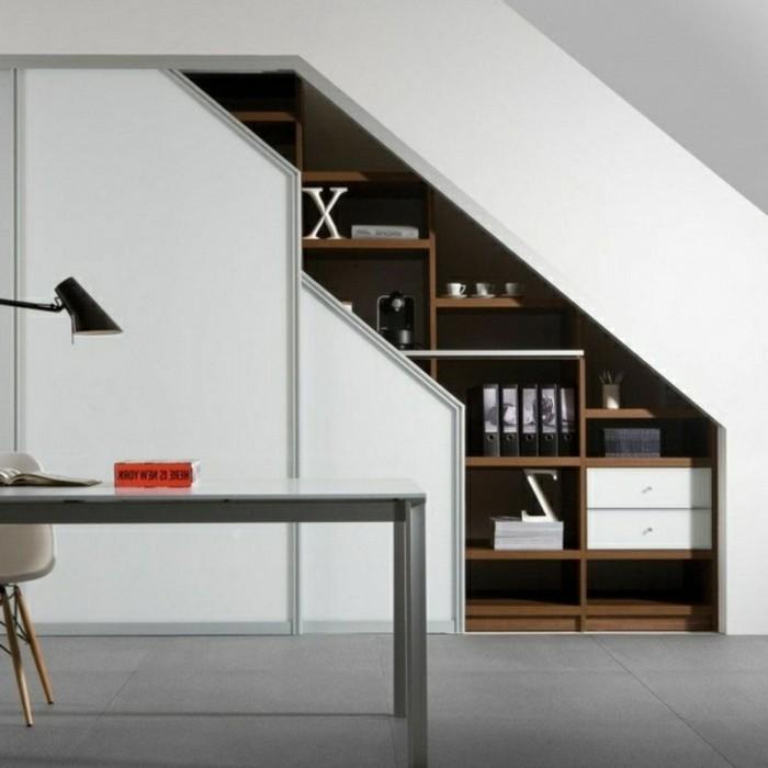 Einbauschrank-für-Dachschräge-freien Raum-optimal-ausnutzen-Einrichtungsideen-Regal2