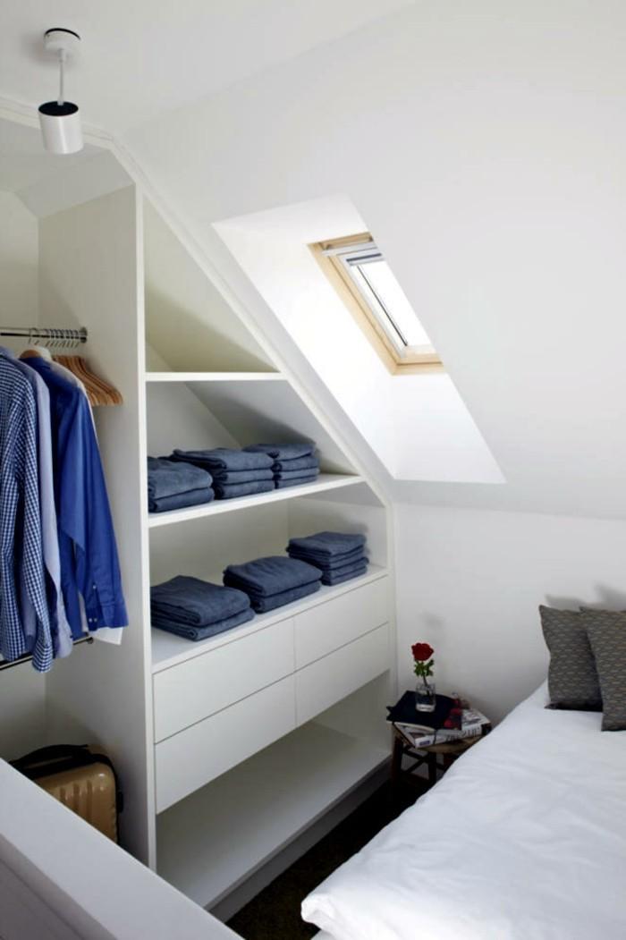 Einbauschrank-für-Dachschräge-freien Raum-optimal-ausnutzen-Einrichtungsideen-Regal3