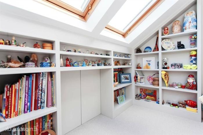 Einbauschrank-für-Dachschräge-freien Raum-optimal-ausnutzen-Einrichtungsideen-Regal8