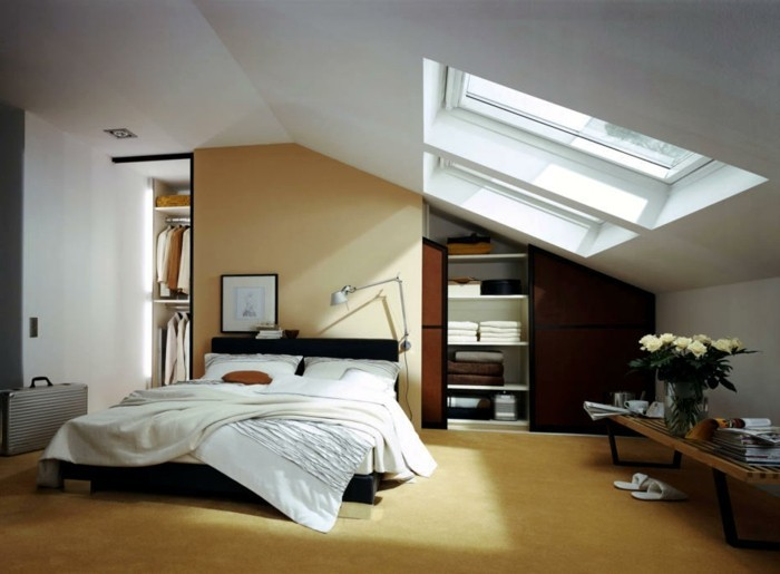 Einbauschrank-für-Dachschräge-freien Raum-optimal-ausnutzen-Einrichtungsideen-Schlafzimmer1