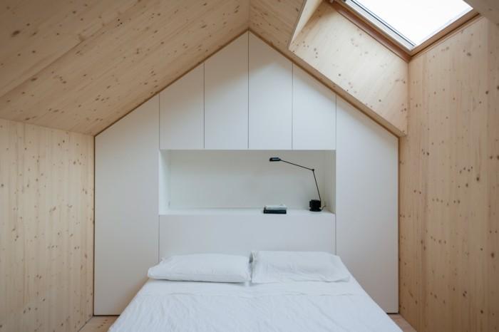 Einbauschrank-für-Dachschräge-freien Raum-optimal-ausnutzen-Einrichtungsideen-Schlafzimmer2