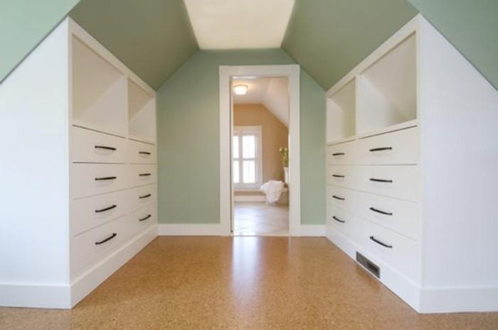 Einbauschrank-für-Dachschräge-freien Raum-optimal-ausnutzen-Einrichtungsideen-Schrank10