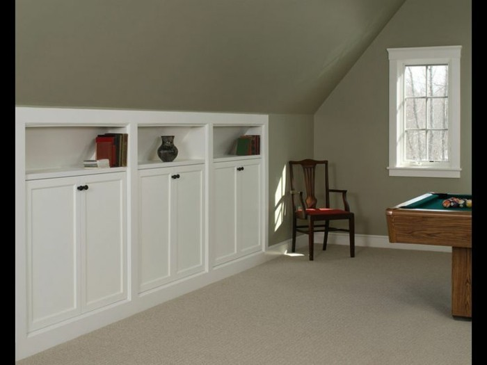 Einbauschrank-für-Dachschräge-freien Raum-optimal-ausnutzen-Einrichtungsideen-Schrank6