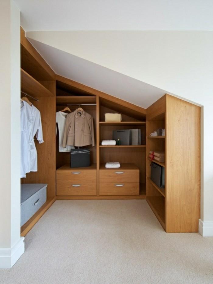 Einbauschrank-für-Dachschräge-freien Raum-optimal-ausnutzen-Einrichtungsideen-Schrank9