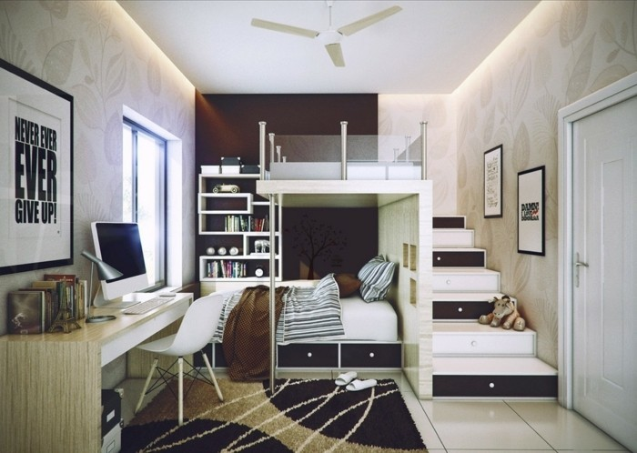 Etagenbett-mit-Treppe-für-Eltern-und-Kind