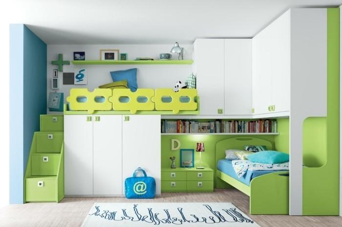 Etagenbett-mit-Treppe-in-grüner-Farbe