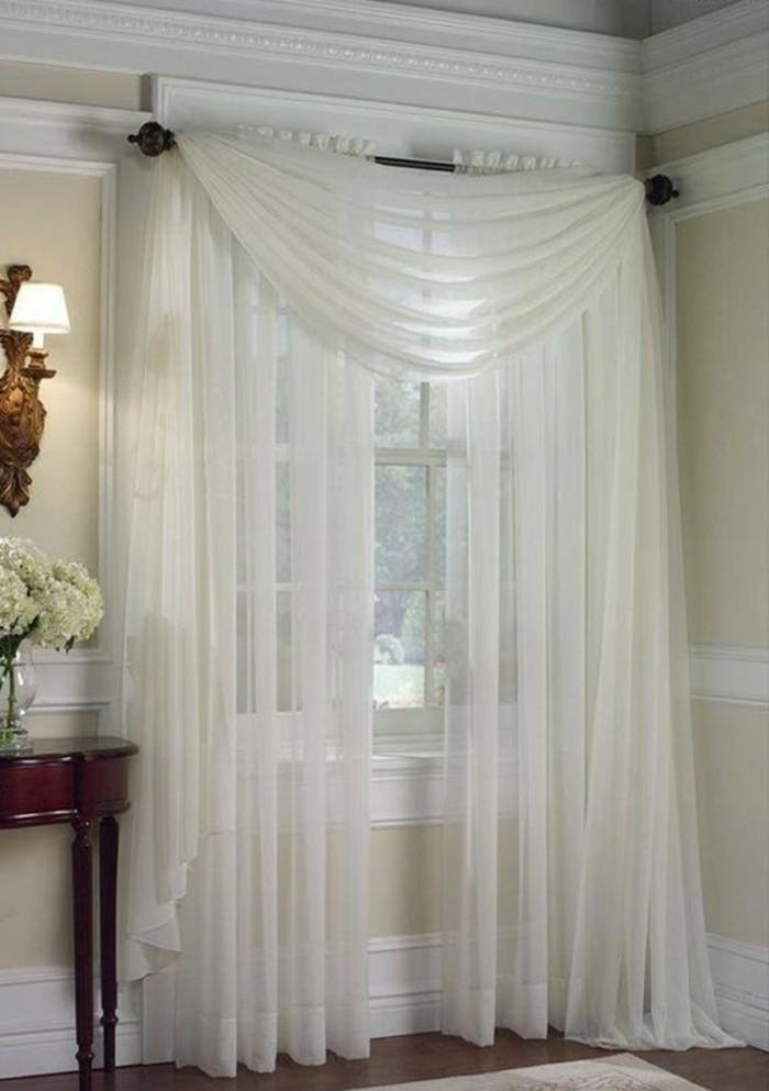 Gardinen-für-große-Fenster-interessant-arrangiert