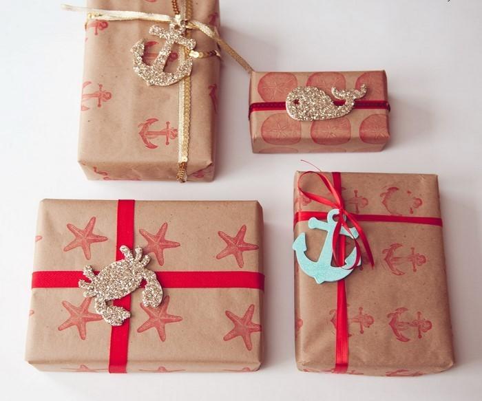 Geschenk-einpacken-Eine-auffällige-Dekoration-2