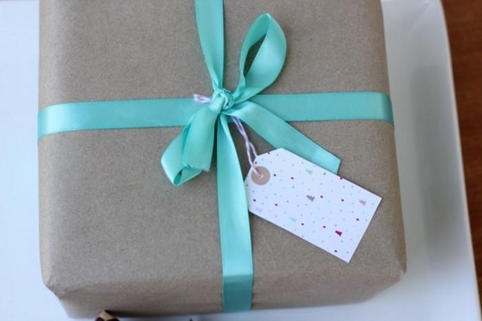 Geschenk-einpacken-Eine-coole-Dekoration
