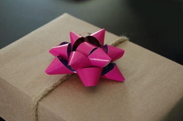 Geschenk-einpacken-Eine-super-Gestaltung