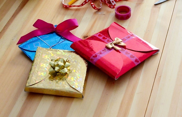 Geschenk-einpacken-Eine-tolle-Ausstrahlung