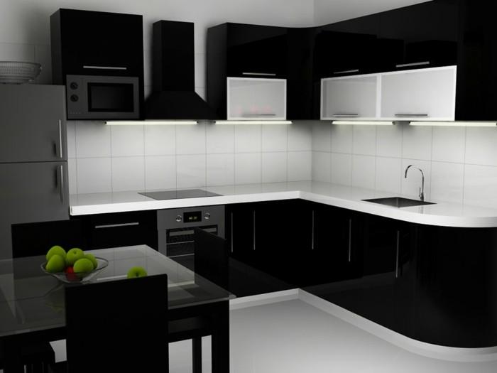 Gestalltungsideen-für-Moderne-Küche-Glasrückwand-Schwarz2