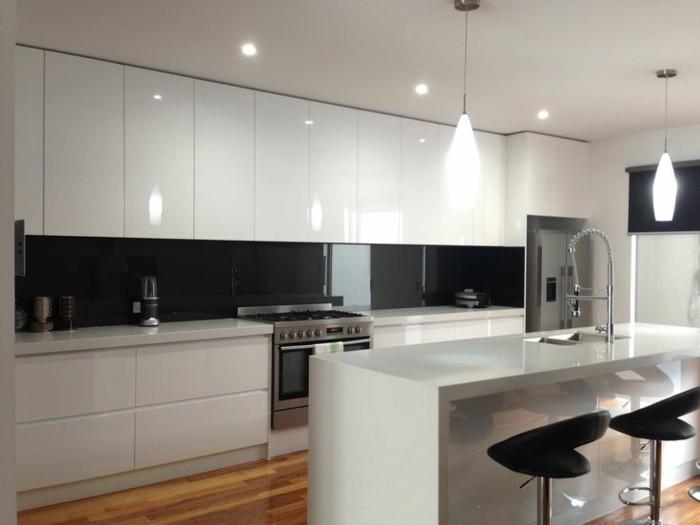 Gestalltungsideen Für Moderne Küche Glasrückwand Weiß6