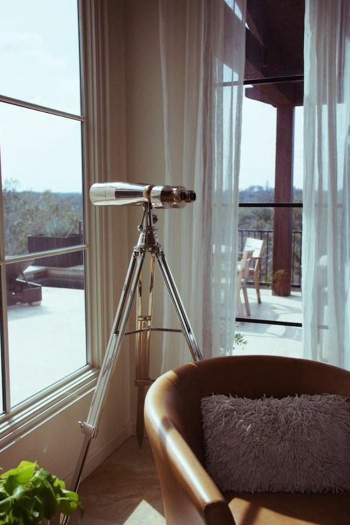 Große-Fenster-dekorieren-als-Raumteiler