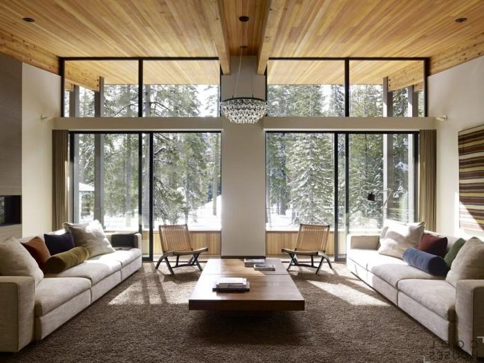 Holzpaneelen-für-ein-großes-Wohnzimmer