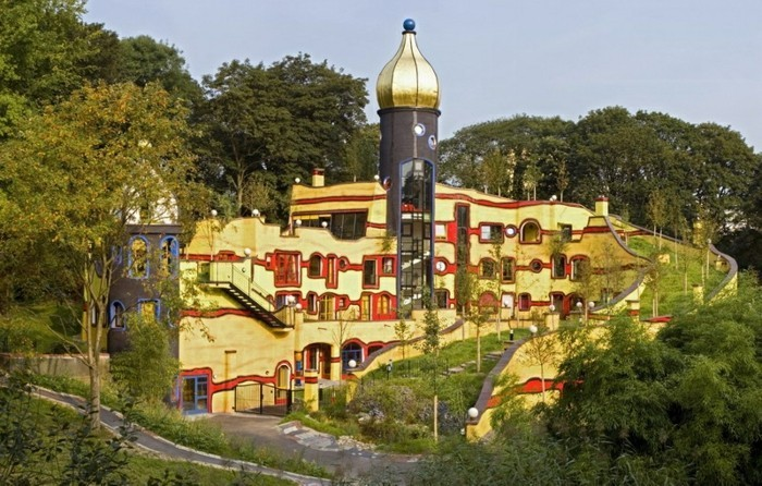 Hundertwasser-Architektur-Umwelt-Natur-Dorf3