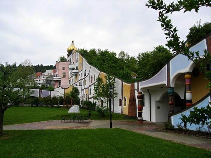 Hundertwasser-Architektur-Umwelt-Natur-Dorf6