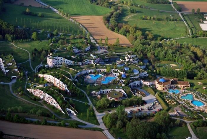 Hundertwasser-Architektur-Umwelt-Natur-Dorf8
