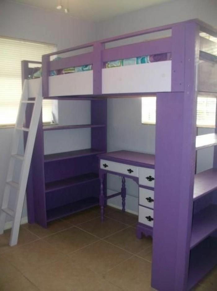 Jugendzimmer-mit-Hochbett-in-lila-Farbe