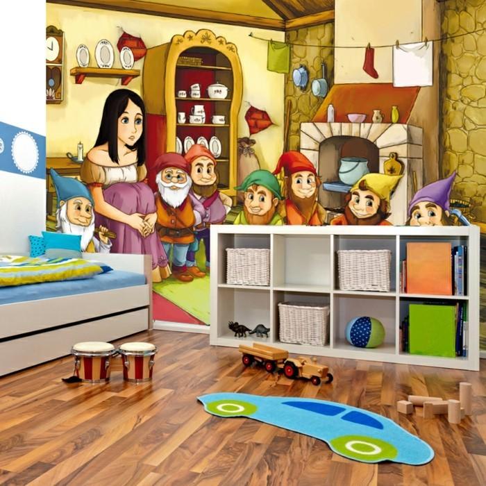 Kinderzimmer-Tapezieren-aus-einem-Märchen