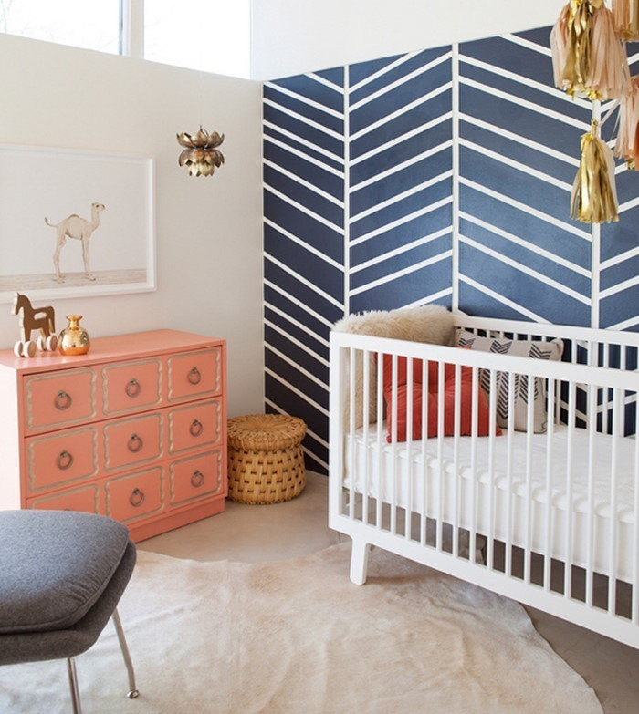 Kinderzimmer gestalten erschwingliche kinderzimmer deko ideen for Deko babyzimmer wand