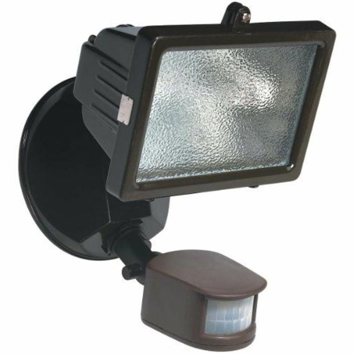Lampe-mit-Bewegungsmelder-wie-Scheinwerfer-aussehend