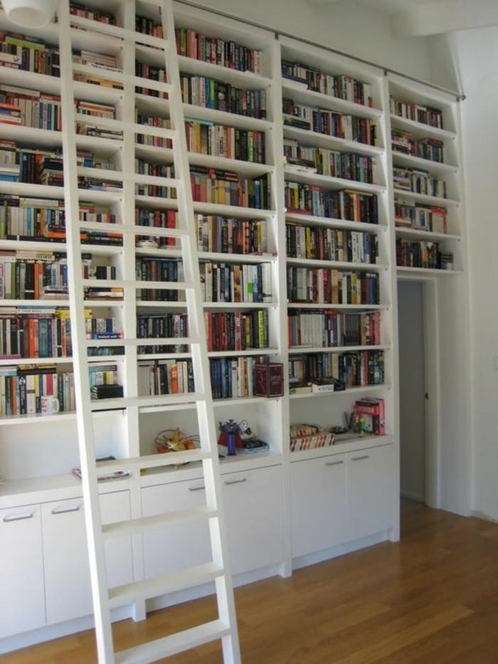 Leiter-für-Bücherregal-sehr-breit